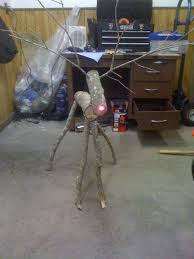 picture of make wooden reindeer from tree branches