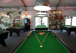 english and american pool tables