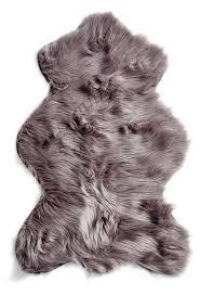 sheepskin rug sheep silver gray e1412817905666