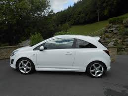 vauxhall corsa 1 4 sri car llanidloes powys mid wales kevin jones cars used cars specialist