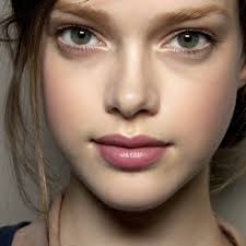 the no makeup makeup natural look never goes out of style and while there is a time and place for a more made up look most of the time we d love our