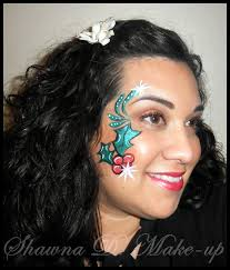 face painting balloon twisting