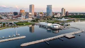 Milwaukee Growth and Development