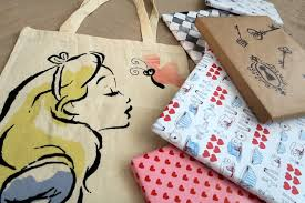 i choose alice in wonderland i bought a tote bag in pound for ela the other day which inspired my project