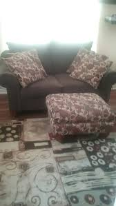 area rug brown love seat ottoman and 4 matching throw pillows in piece or the full set for in nashville tn offerup