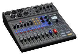 Zoom LiveTrak L-8 Podcast-Mixer Set