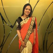 simple yet elegant by wearing this lovely saree a close friend s creation also decided to throw in a few key jewellery pieces and not go overboard