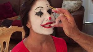 how to clown makeup face painting using snazaroo makeup pallette