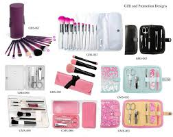 cosmetic brush set and manicure set