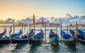 venetian gondola history and curious facts about the symbol of venice by dragonfly tours
