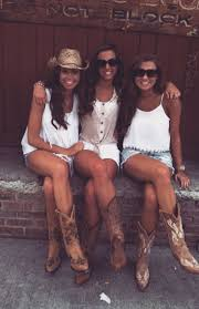 Best 25 Country concert outfits ideas on Pinterest Concert.