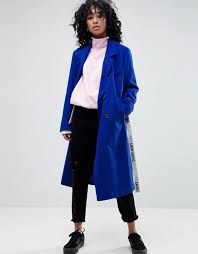 Blue Coat 5 Coat Trends That Are Huge For Fall Entertainment Tonight