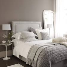 Brown And White Bedroom Ideas 2