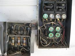 fuse box puzzle (with photos) internachi inspection forum how to change a glass fuse at 60 Amp Fuse Box Diagram