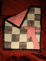 Giraffe Baby Quilt - QUILTING & ... some stuff off of her shower list and it was not a pleasant experience,  so I decided to make something instead... that something was this baby quilt : Adamdwight.com