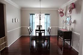 About Chair Rail Designs And Colors Home Design Ideas - Dining room color ideas with chair rail