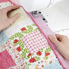 How To Make A Patchwork Quilt With A Sewing Machine