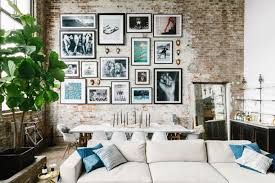 A Modern Industrial Brooklyn Loft Galeriewand Layout New