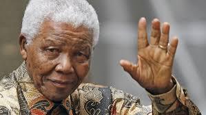 نظرة الوداع على جثمان مانديلا