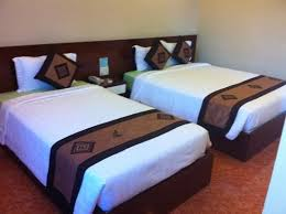 Nam Long Hotel: 1king Bed 1 Double Bed Luxury