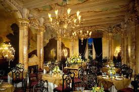 How Many Bedrooms Are In The White House The Grand Dining Room Emulates  Palace With A . How Many Bedrooms Are In The White House ...