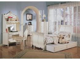 furniture alexandria la. PIECE Alexandria Sleigh Bed Bedroom Furniture Set In White Pearl Finish With Gold Accents By And La