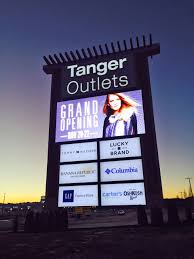 Digital Sign Trends Ever Evolving Technology Is Expanding