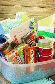 check out this super easy freshman college survival kit ideas this college survival kit will