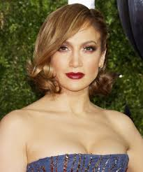 Get The Scoop On Jennifer Lopez