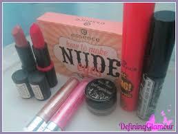 2 lipsticks palette 2 mascara s 2 lip glosses 1 black
