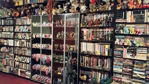 because you have to leave the middle shelf in place you can have up to 8 shelves to fit mass markets you can see this in my photo as the first two