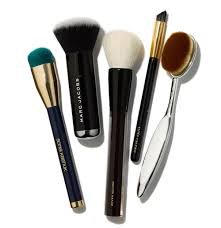 a guide to the best makeup brushes to now