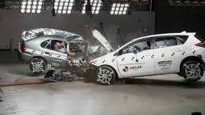 1998 Toyota Corolla vs 2015 Toyota Corolla (Auris) - Crash Test ...