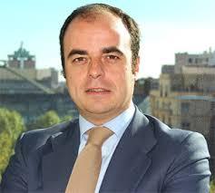 Javier García Vinuesa tiene frente a si un gran reto. Robeco ha confiado en su larga experiencia en el sector bancario para ponerle al frente de su negocio ... - 2007111224javier-garcia-vinuesa-robeco