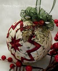 48 best Christmas--Ornaments--Quilted images on Pinterest ... & Quilted Christmas Ball Ornament Adamdwight.com
