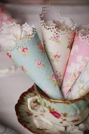 paper cones wedding. cone flower favor wedding paper cones