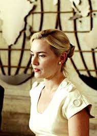kate winslet e leonardo dicaprio revolutionary road a  revolutionary road essay kate winslet and leonardo dicaprio revolutionary road kiss