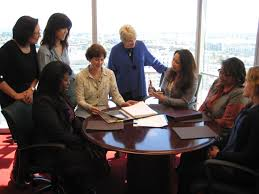 bell womens round table 4 2 1