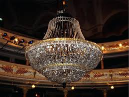 chandeliers cleaning crystal chandelier cleaning the central crystal chandelier 2 cleaning lead crystal chandeliers
