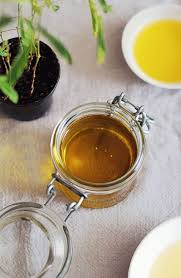 7 ways to make your own cleanser oil cleanser