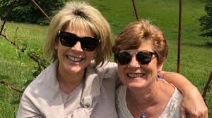"Ruth Langsford is ""heartbroken"" after the death of her sister, Julia Johnson  - Smooth"