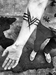 Sketch Style Tattoo By Inez Janiak Tattoo Ideas черная