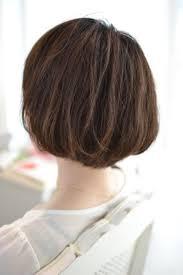 抑えるのではなく活かすくせ毛にオススメな髪型はショートボブです