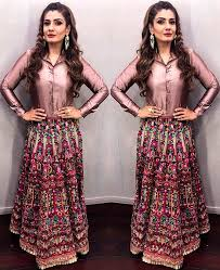 bollywood actors inspired us to wear long skirts