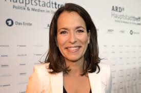 Anne will (born 18 march 1966) is a german television journalist and host of the eponymous political talk show. Anne Will Zuschauer Reagieren Wutend Auf Zwangspause Berliner Morgenpost