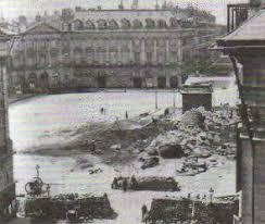 Парижская коммуна во Франции Новая история Реферат доклад  Разрушение Вандомской колонны главного символа имперского прошлого