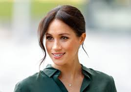 Sign up for meghan markle alerts Meghan Markle Got In Trouble With Palace Royals Over A Necklace Observer
