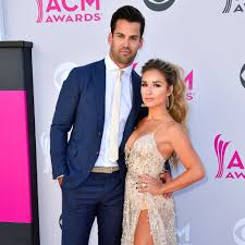 Jessie James and Eric Decker at the 2017 ACM Awards | POPSUGAR ...