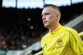 Borussia dortmund gmbh & co. The Daily Bee April 24th 2019 Dortmund S Problems At Right Back Fear The Wall