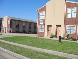 2 bedroom townhouse for rent in dallas tx. building photo - landmark townhomes 2 bedroom townhouse for rent in dallas tx